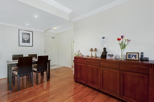 64/38 Orara Street, Apartment by Jim (Chang Cheng) Yang